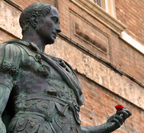 statua_di_giulio_cesare_di_rimini